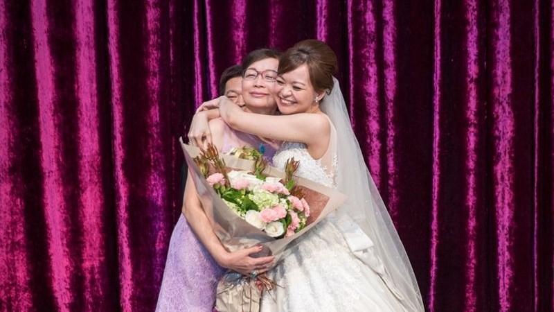 如何在婚禮上感謝父母,7種方法讓爸媽超感動